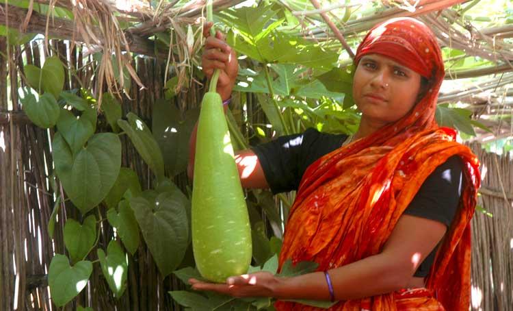 women biodiversity